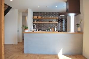 開放的空間の家