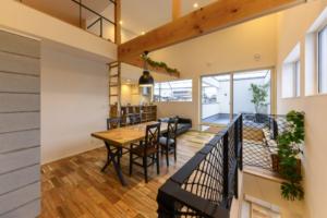 自然素材+高性能で叶えるかっこいい家