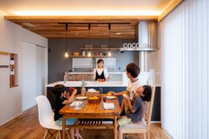 高性能・高気密・高耐震。性能とシンプルデザインを融合させた30代子育て世代のお家